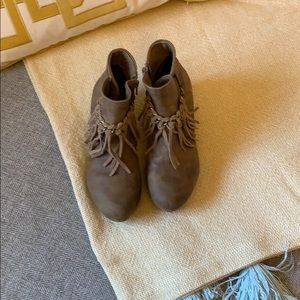 Other - Girl Boots Size 4